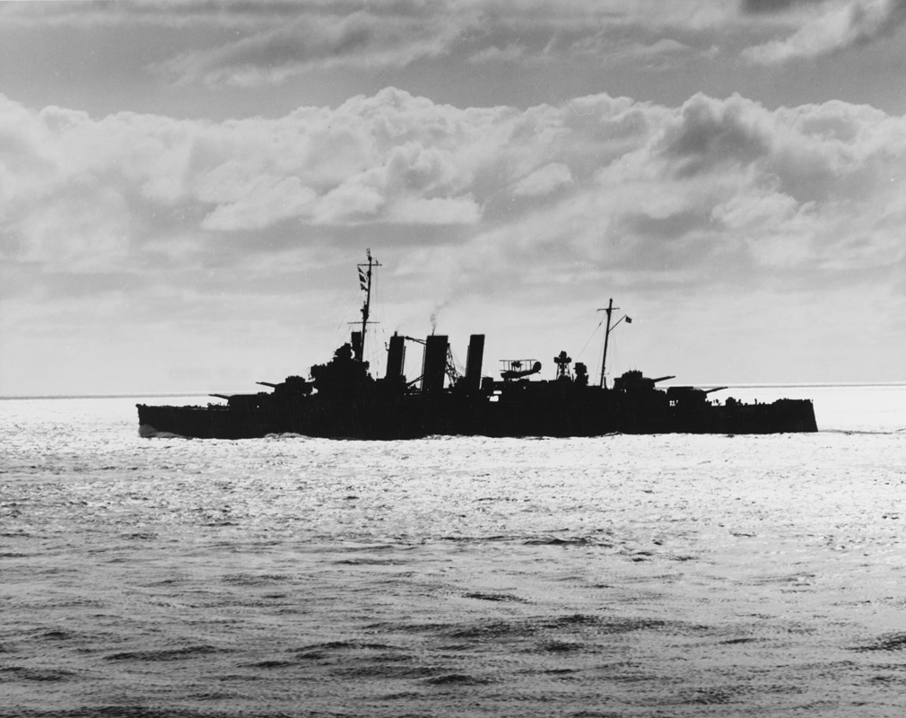 Heavy cruiser HMAS <em>Australia</em> (II) in the South Pacific, 1943. Image: Official US Navy photograph collection of the National Archives, Naval History and Heritage Command BD-G-78946.