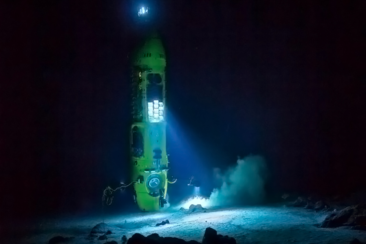 DEEPSEA CHALLENGER, the first to reach the bottom of the Mariana Trench with a solo pilot. Image: Mark Thiessen/National Geographic Creative.