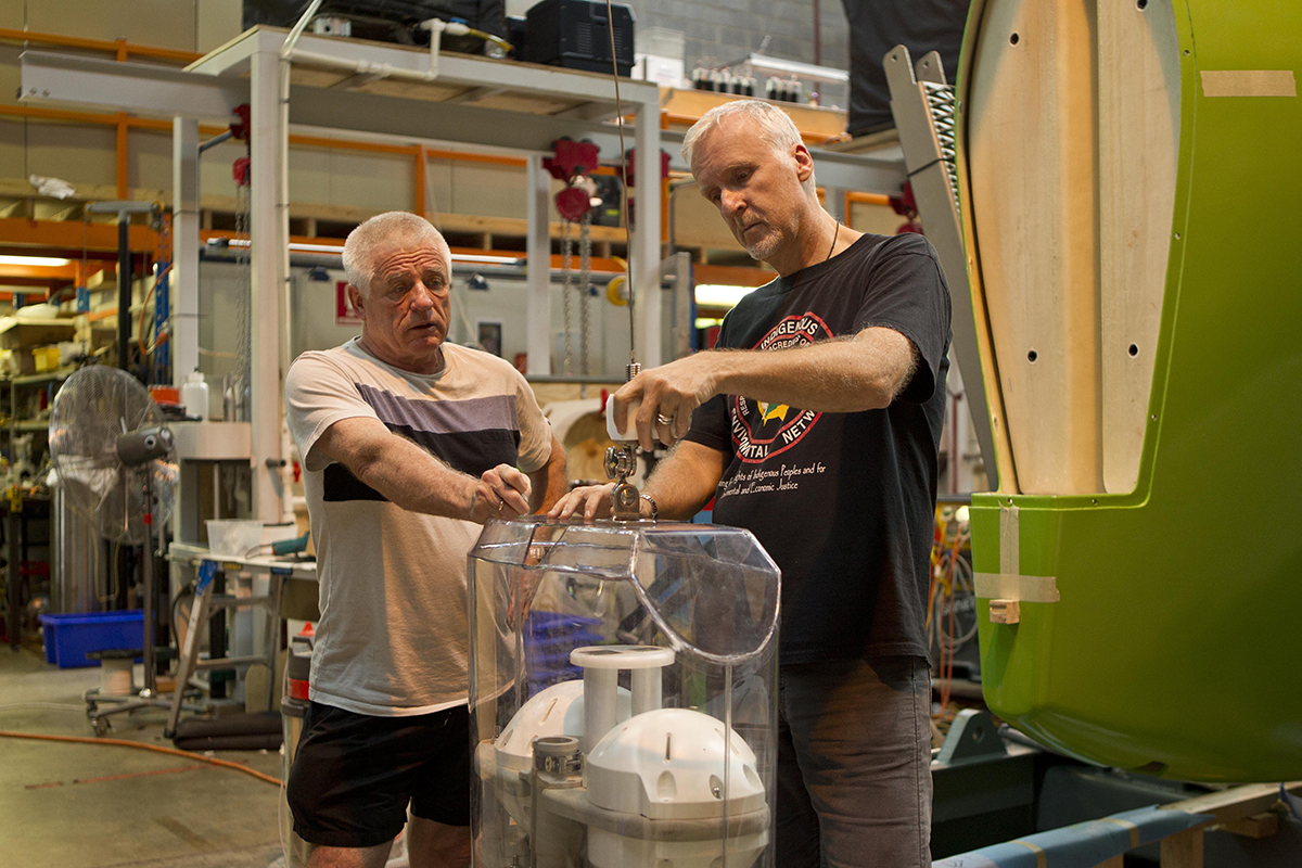 James Cameron and Ron Allum in the workshop in Leichhardt, 2011. Image: Courtesy Ron and Yvette Allum.
