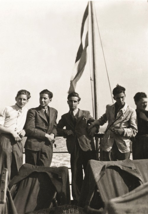 Henry Lippmann (second from left) on board the Dutch ferry 'Queen Emma', crossing from the Hook of Holland to Harwich, England, 1939. ANMM Collection ANMS0219[004], gift from Henry Lippmann