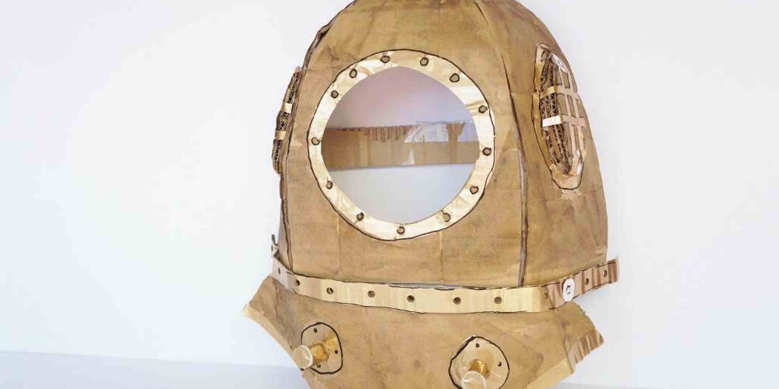 How to make an easy deep sea diver costume