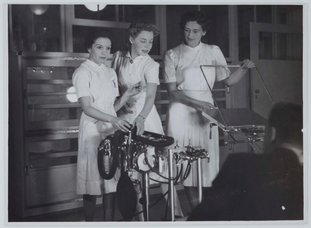 Three nurses on board hospital ship TSS Oranje II, 28 June 1941. Photographer: Samuel J Hood Studio, ANMM Collection 00021314