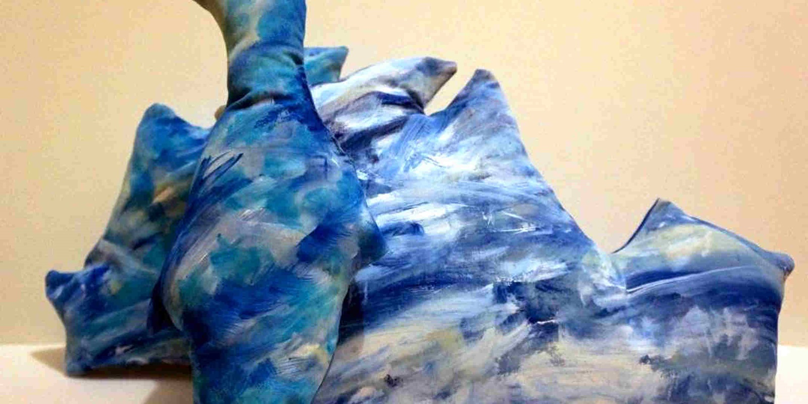How to make painted polar pillows