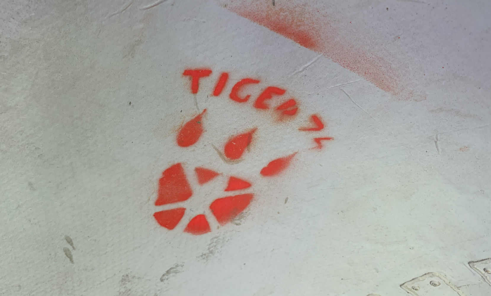 Inside the nose hatch a stencil of Tiger 74 is revealed