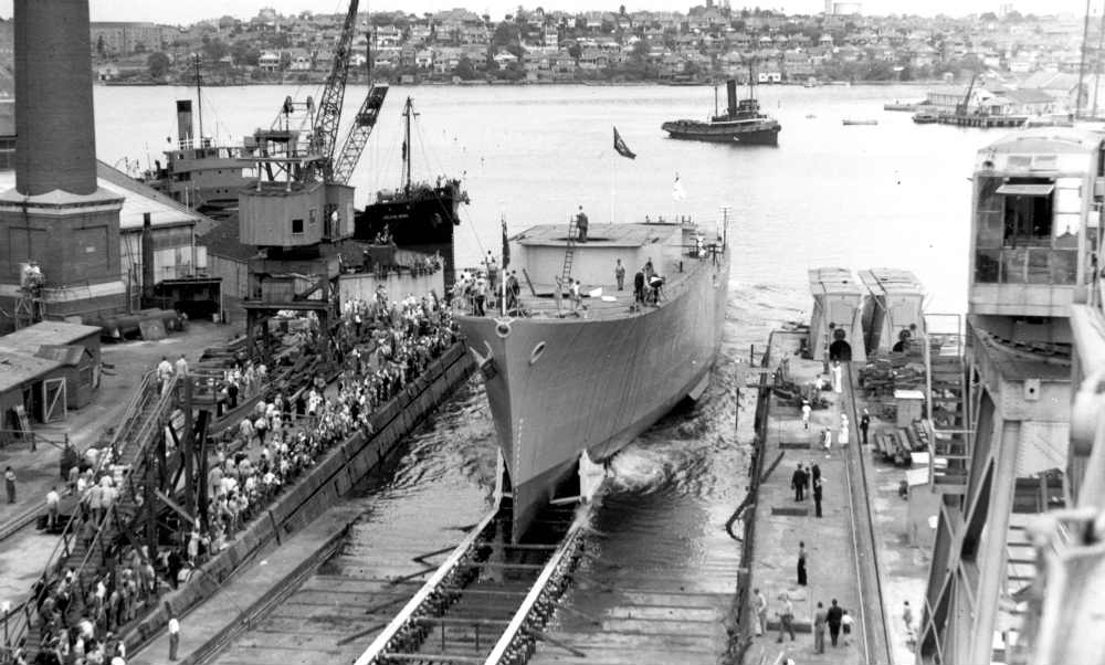 HMAS Voyager launch, 1 March 1952