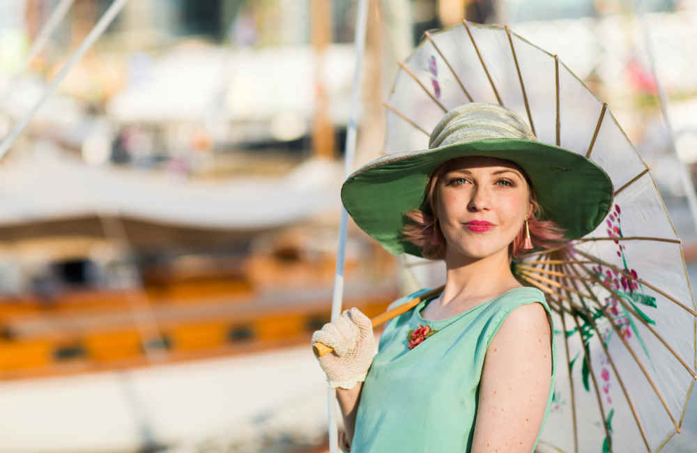 Steamer Yacht Ena is the perfect location for vintage-themed events